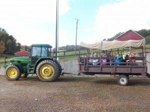 Field trip tractor